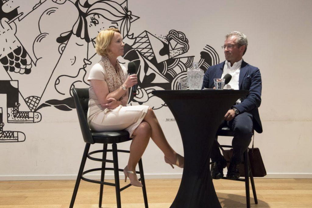 Julia Becker Im Talk Hamburger Presseclub